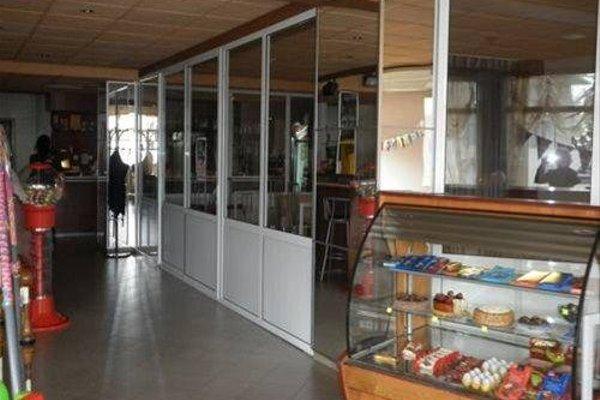 LAGUNA HOTEL - 15