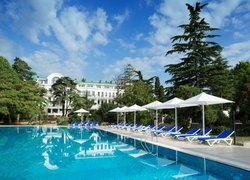 Фото 1 отеля Riviera Sunrise Resort & SPA Алушта (ex. Radisson Resort & SPA Alushta) - Алушта, Крым