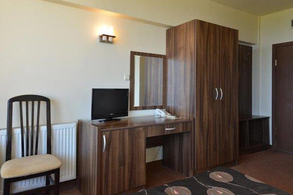 Ellinis Hotel - фото 4