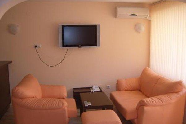 Family Hotel Gran Ivan - фото 12