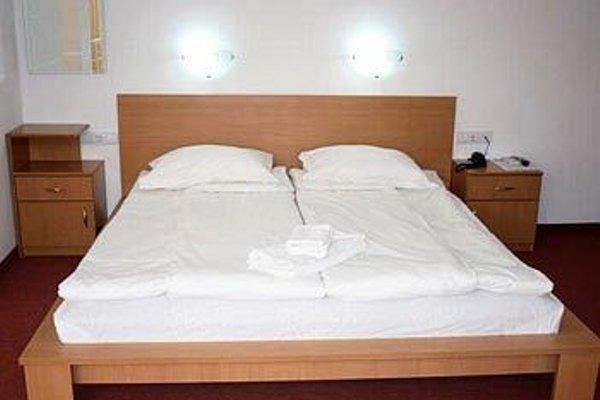CITIUS HOTEL - фото 4