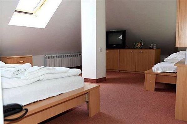 CITIUS HOTEL - фото 7