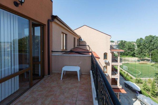 Kasandra Apartment - фото 11