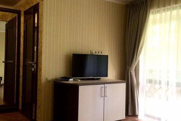 Отель Green Wood - фото 4