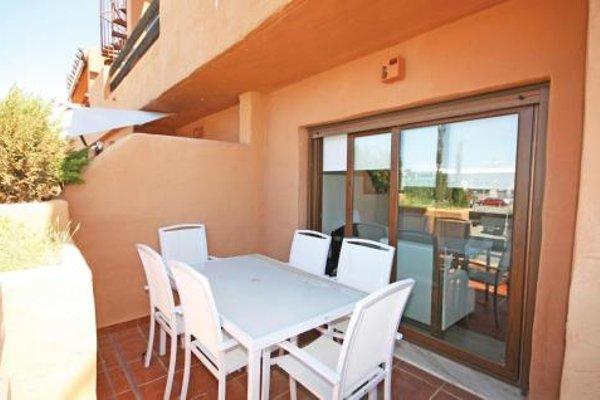 Apartment Estepona with Sea View 01 - фото 3