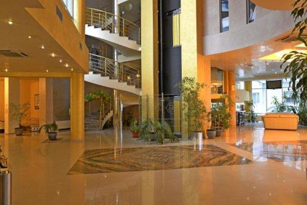 Merian Palace Hotel - фото 14