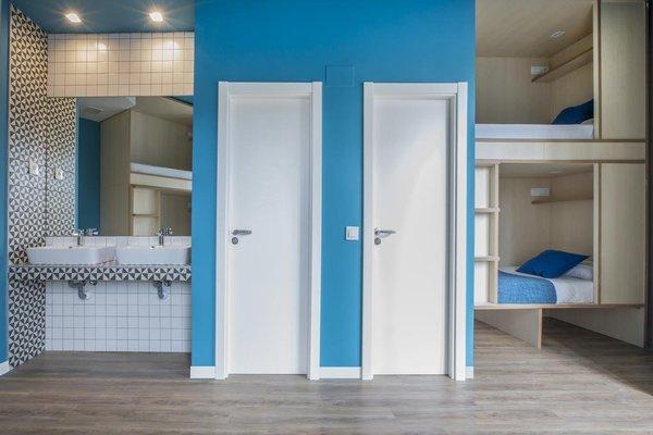 Mola Hostel - 10