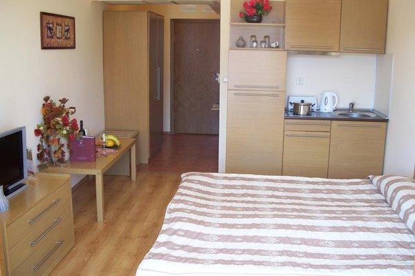 Martinez Aparthotel - фото 3