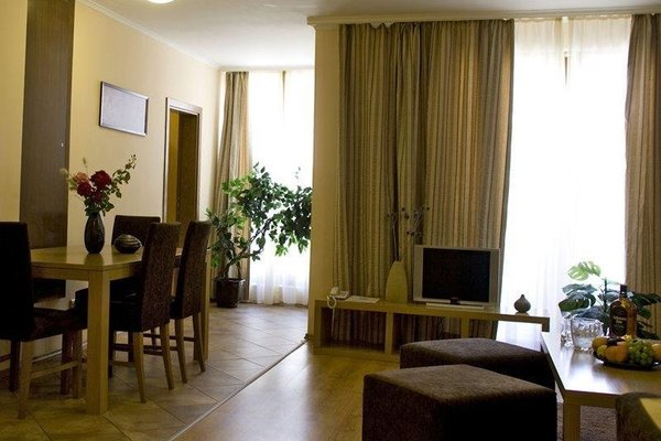 Martinez Aparthotel - фото 5