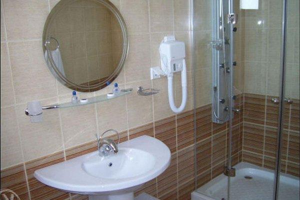 HOTEL VIP ZONE - фото 10