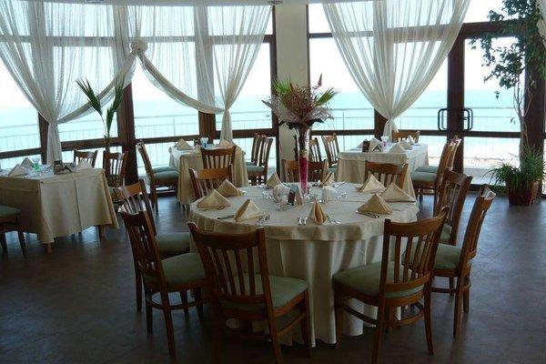 HOTEL VIP ZONE - фото 12