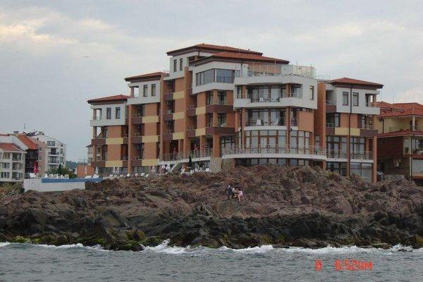 HOTEL VIP ZONE - фото 20