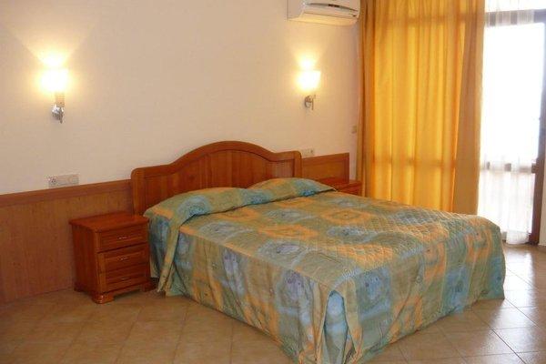 HOTEL VIP ZONE - фото 3