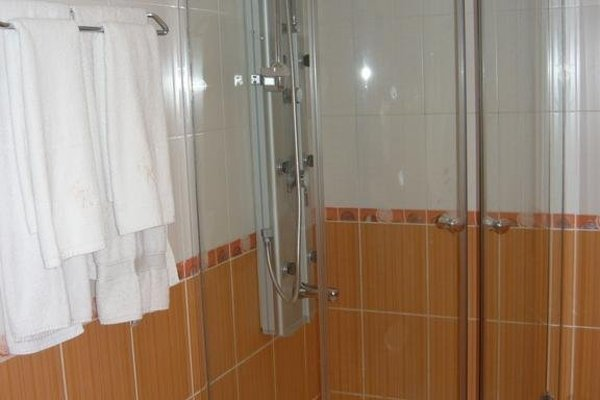 HOTEL VIP ZONE - фото 9