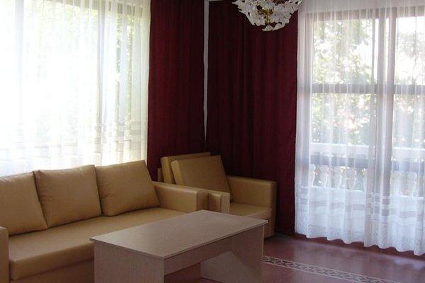 Family Hotel Mariana - фото 15