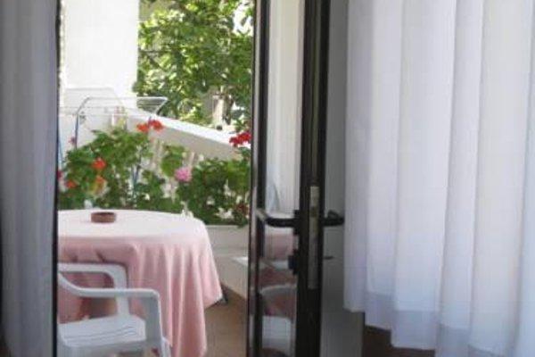 Family Hotel Mariana - фото 16