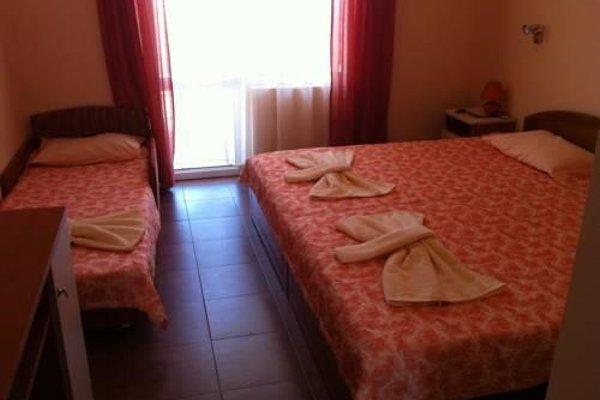 Family Hotel Perla - фото 3