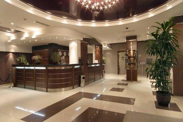 Central Hotel Forum - фото 15