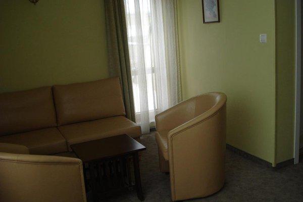 Kapri Hotel - фото 11