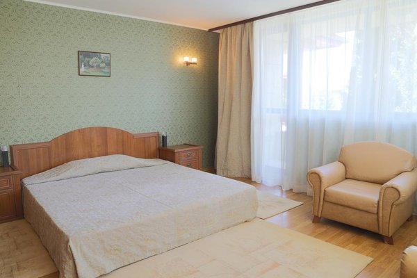Tsarsko Selo Spa Hotel (Царско Село Спа Отель) - фото 4