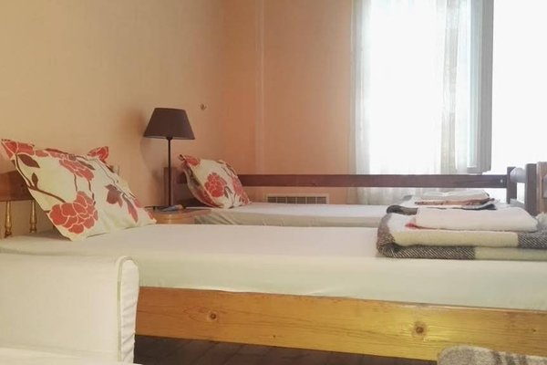 Hello Sofia Guesthouse - 13