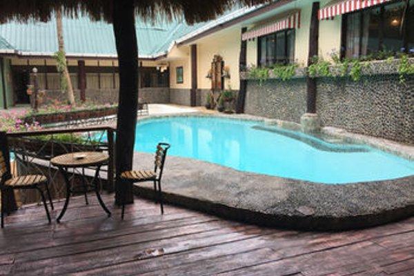 Bohol Bee Farm Hotel - фото 20