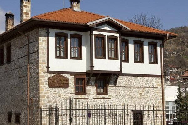 Petko Takov's House - фото 21