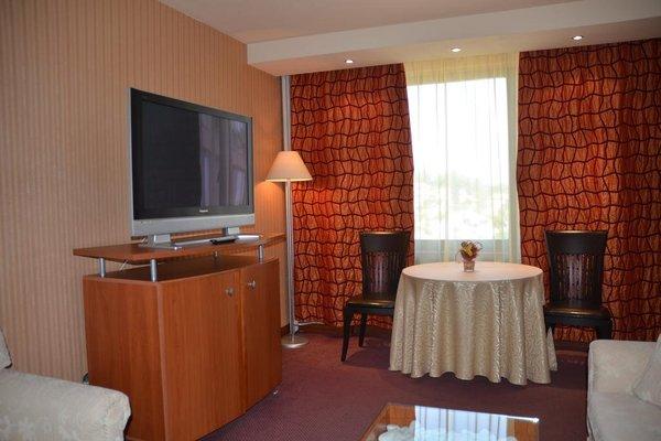 Grand Hotel Shumen - фото 5