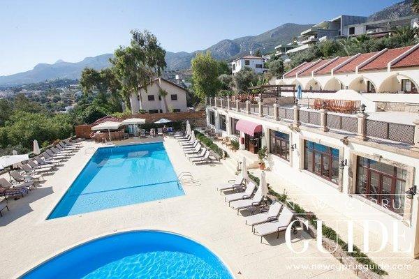 Отель Bellapais Monastery Village - фото 16