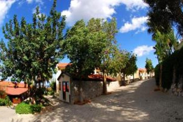 Отель Bellapais Monastery Village - фото 22