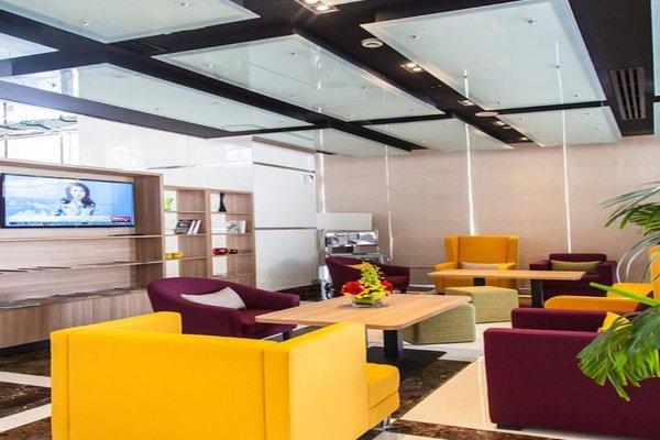 Park Inn by Radisson Hotel Apartments Al Rigga - 5