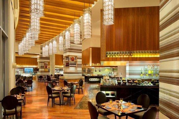 Address Dubai Marina - 9