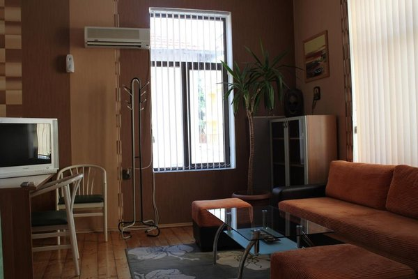 Guest House Diron - фото 4