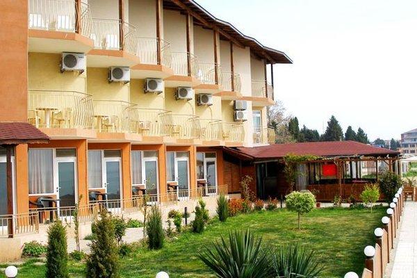 Aura Family Hotel (Семеен Хотел Аура) - фото 19
