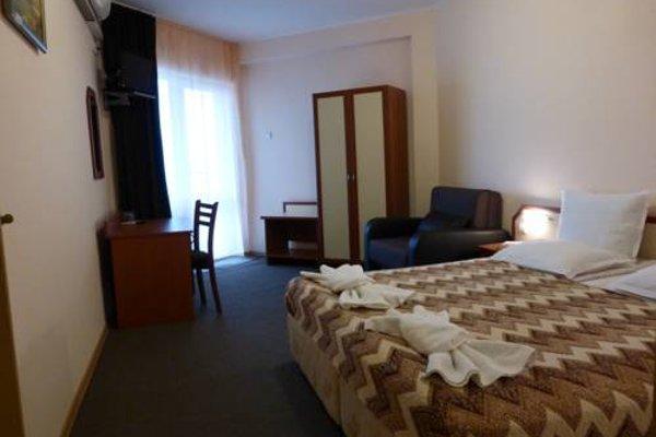 Aura Family Hotel (Семеен Хотел Аура) - фото 4