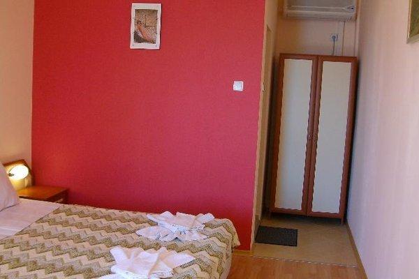 Aura Family Hotel (Семеен Хотел Аура) - фото 5
