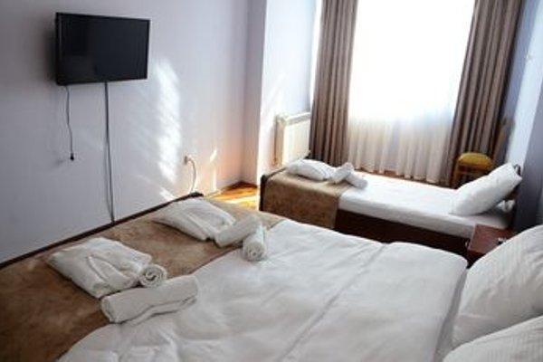 Batumi Globus Hostel - фото 27
