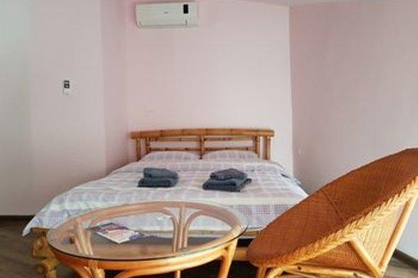 Batumi Globus Hostel - фото 17