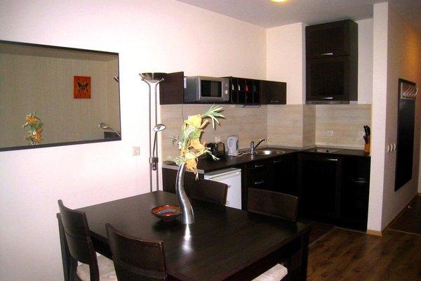 Bansko Royal Towers Apartment - фото 10