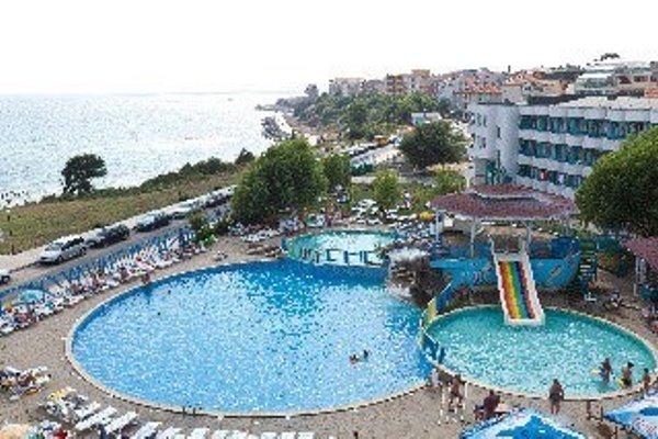 Perla Beach Hotel Iii - фото 5