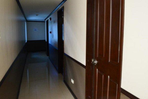 Cebu Fiesta Business Suites - фото 14