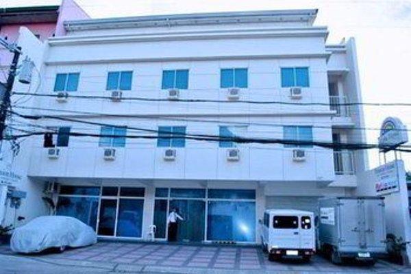 Cebu Fiesta Business Suites - фото 15