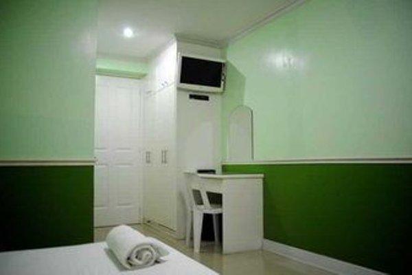 Cebu Fiesta Business Suites - фото 8