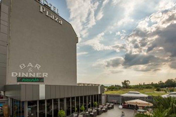 Plaza Hotel - фото 23