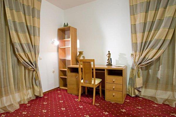 Kaylaka Park Hotel - фото 50