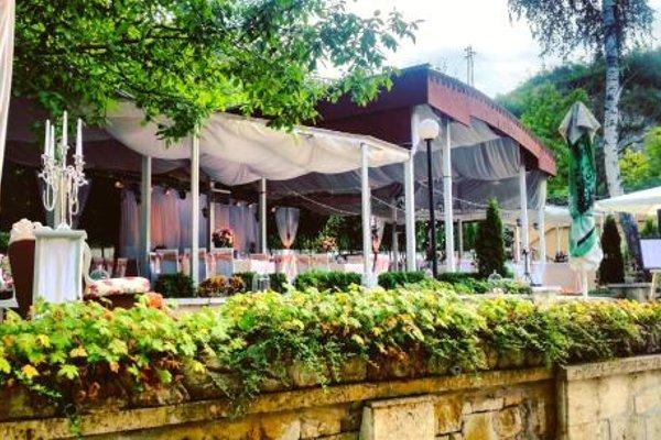 Kaylaka Park Hotel - фото 14