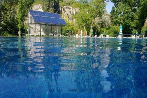 Kaylaka Park Hotel - фото 17
