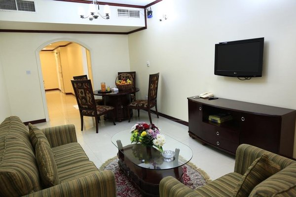 Imperial Hotel Apartments - 3