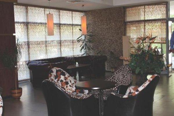 Struma Hotel - фото 12