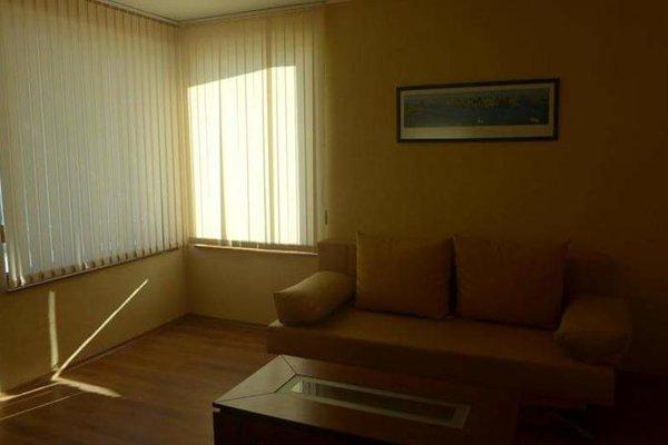 Petrov Family Hotel (Петров Фемили Отель) - фото 6
